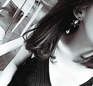Серьги-слезки Кристалл Сплав Мода В форме звезды Геометрической формы Золотой Бижутерия Свадьба Для вечеринок Повседневные 1 пара
