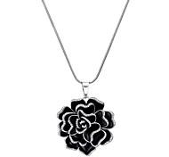 Xu Women's Elegant Fashionable Three-dimensional Diamond Flower Pendant Long Necklaces
