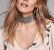 Women Simple Retro Personalized Black Brown Color Faux Suede Choker Short Necklace  1 Piece