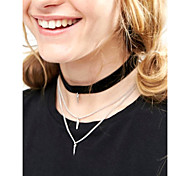 Women's Fashion Rivets Pendant Tassels Choker Multi Layer Flannel Short Necklace Simple Popular New Arrival Jewelry Gift 1pc