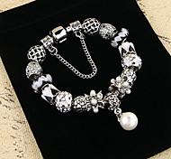 Women's Chain Bracelet Pearl Alloy Natural Victorian Luxury Jewelry Flower Silver Jewelry 1pc