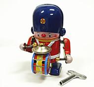 Игрушка с заводом Робот Металл Детские