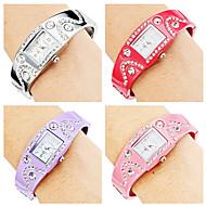 Women's Bracelet Style Alloy Analog Quartz Watch (Assorted Colors)