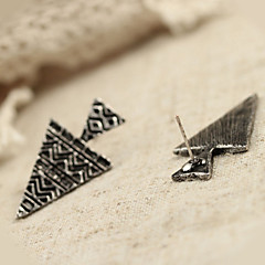 Women's  exaggerated punk earrings (random color)