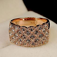 kvinners mote fullt jeweled ring
