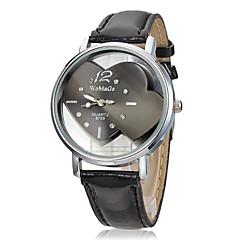 Women's Heart Pattern Dial Pu Band Quartz Analog Wrist Watch