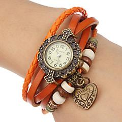 שעון נשים לב עור תליון קוורץ הלהקה האנלוגי צמיד (צבעים שונים)