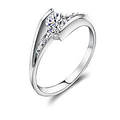 Claic Women 0.6 CT wi Diamond 925 terling ilver Wedding Ring(1 Pc)