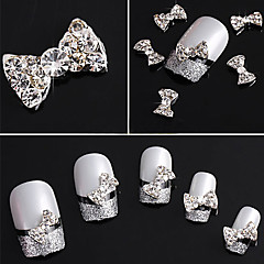 20PCS 3D strass bezaaid Silver Nail Art Decorations