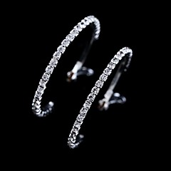 High Quality Crystal Earrings Round Silver Hoop Earrings(3*0.3cm size)(1 pair)