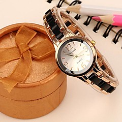 Women's Fashion Alloy Analog Quartz Wrist Watch (Assorted Colors)