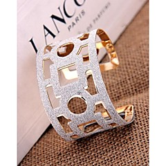 Fashion Affordable Cuff Bangles Random Color