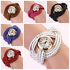 Women's Round Dial Two-layer Band Quartz Analog Fashion Bracelet Watch (Assorted Color)