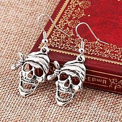Kolczyki wiszące Stop Skull shape Biżuteria Na Codzienny 2pcs
