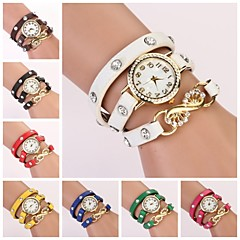 Women's Round White Dial Leather Band Quartz Bracelet Watch  (Assorted Color) C&D34