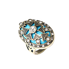 Hot Sales Vintage Jewelry Women's Flower Exaggeration Statement Ring(Random Color)