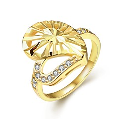 Fashion Exquisite Female  Love Diamante White Zircon Gold-Plated Statement Rings(Golden,Rose Gold,)(1Pcs)