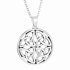 Fashion Carved Hollow Pendant And Exquisite Necklace