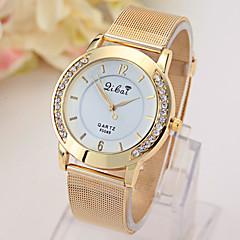 reloj de red de oro de las señoras con el reloj de diamantes