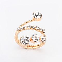 Women's European Simple Fashion Shiny Rhinestone Ring