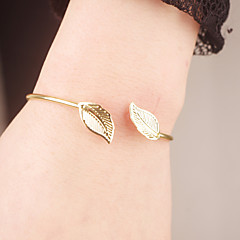 Women Simple Fashion Metal Leaves Pattern Bangles Party / Daily / Casual 1pc