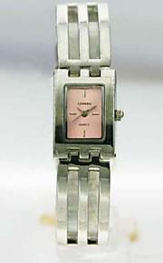 kvinders analog legering tilfælde firkantet dial legering band japan kvarts ur kvinder mode ur gave ur dameur