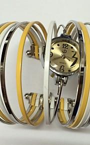 Жен. Женские Модные часы Кварцевый Металл Группа Блестящие Кольцеобразный Повседневная Разноцветный