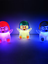 Penguin Rotocast changeant de couleur Night Light (couleur aleatoire)